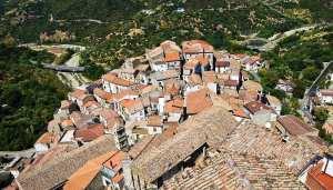 valsinni-borgo-basilicata-123rf